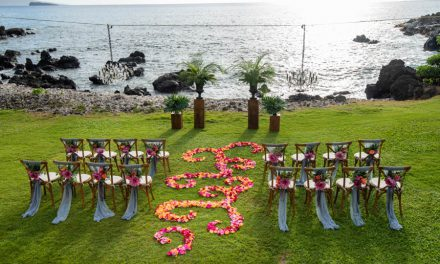 Tropical Vow Renewal at the Kukahiko Estate
